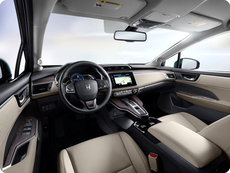 Photo of 2018 Honda Clarity Plug-In Hybrid driver's seat view
