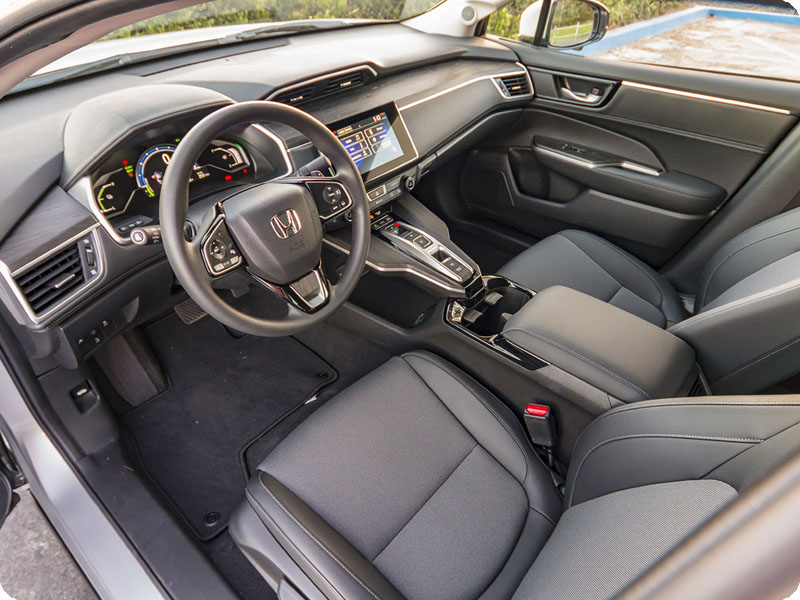 Photo of 2018 Honda Clarity Plug-In Hybrid non-Touring black interior